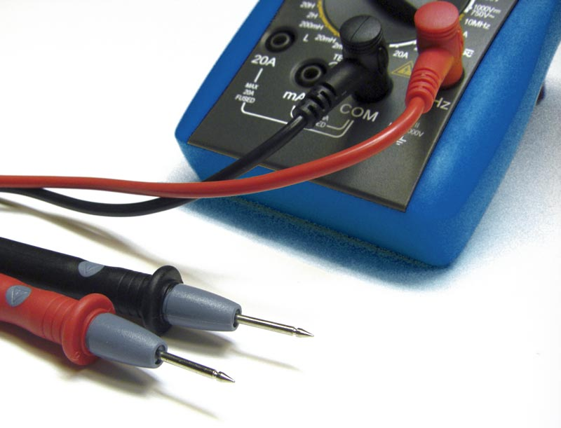 AKTAKOM AM-1083 Digital Multimeter - test leads