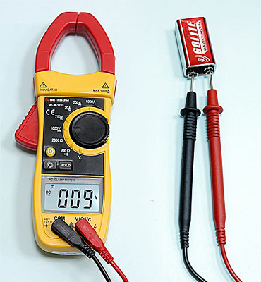 AKTAKOM ACM-1010 1000 A AC Clamp Meter & Thermometer (K-type) - DCV Measurement