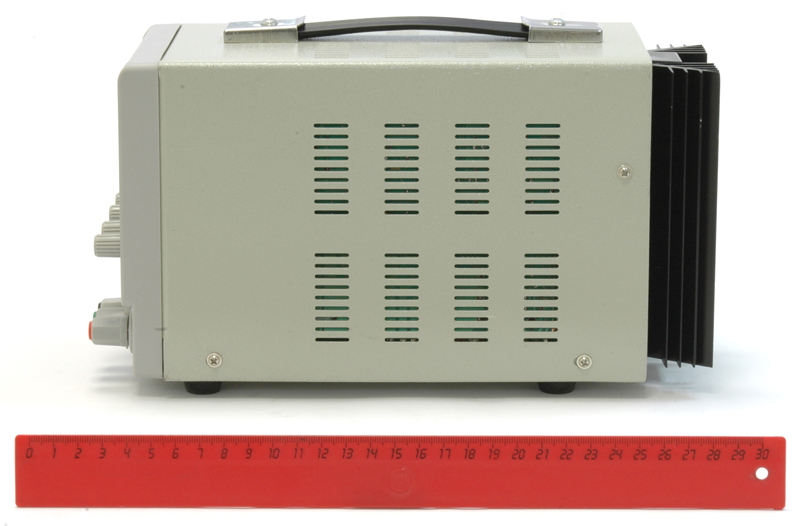 AKTAKOM APS-1335 DC Power Supply 150W 30V / 5A 1 Channel - Side view