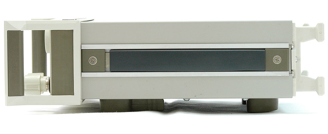 AKTAKOM AEL-8310 Programmable Electronic Load - side view