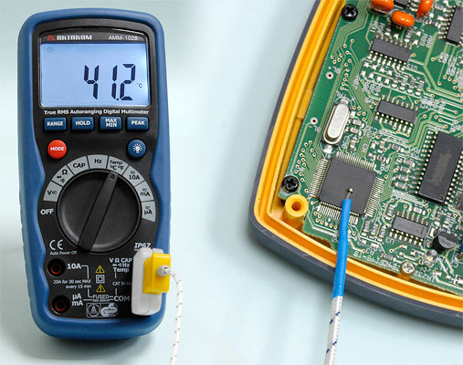 AKTAKOM AMM-1028 Professional Industrial Digital Multimeter - Temperature measurement
