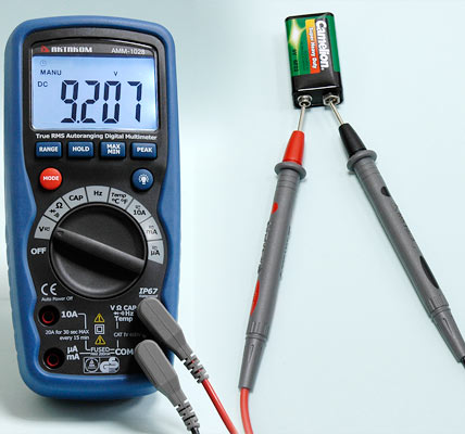 AKTAKOM AMM-1028 Professional Industrial Digital Multimeter - DCV Measurement