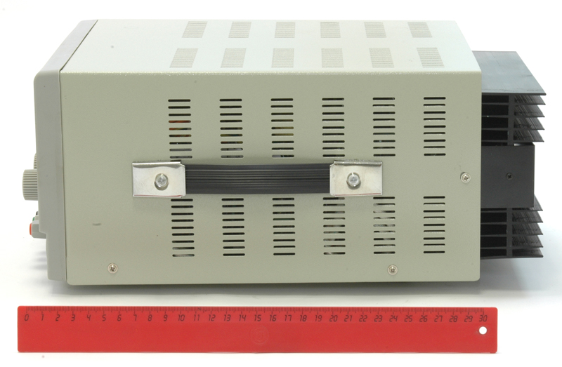 AKTAKOM ATH-1338 DC Power Supply 30V / 20A; 1 channel - Side view