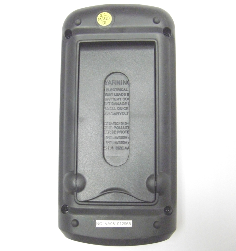 AKTAKOM AM-7070 Voltage and Current Calibrator - Rear panel