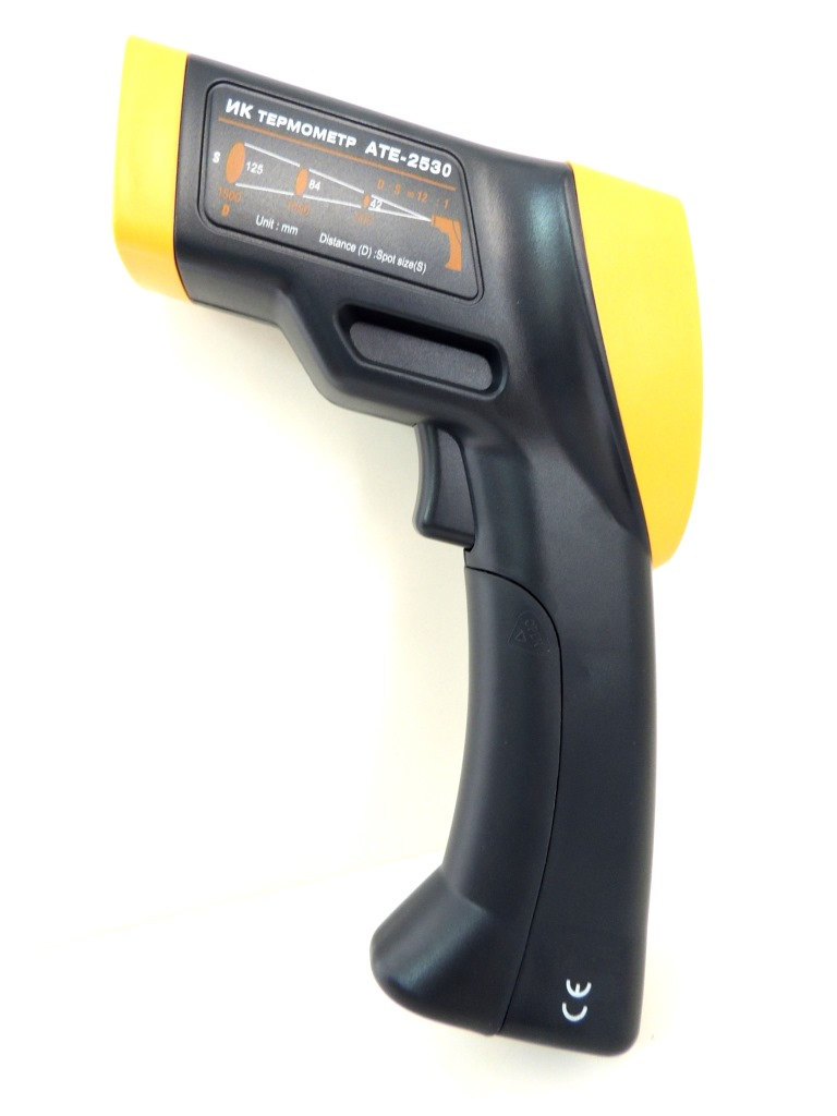 AKTAKOM ATE-2530 Wide-Range Infrared Thermometer with Laser Targeting  - Left Side