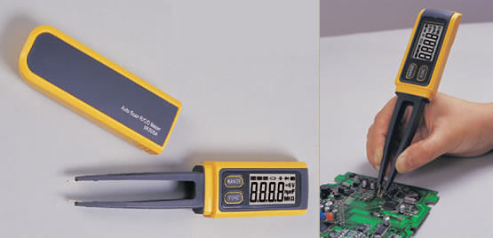 AKTAKOM AM-3055 Multimeter for SMD (Surface Mount Device) - at work