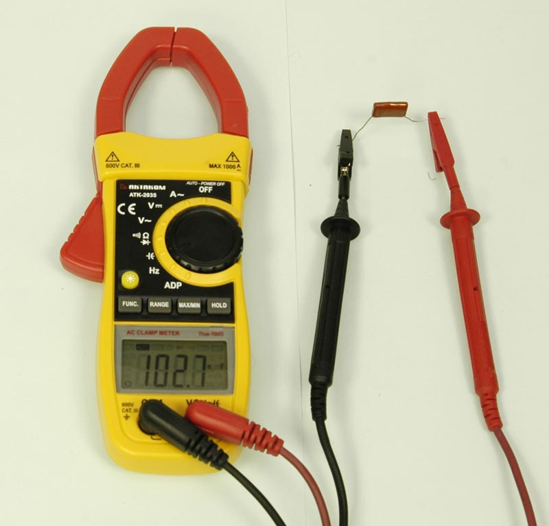AKTAKOM ATK-2035 Clamp Meter - Capacity measurement