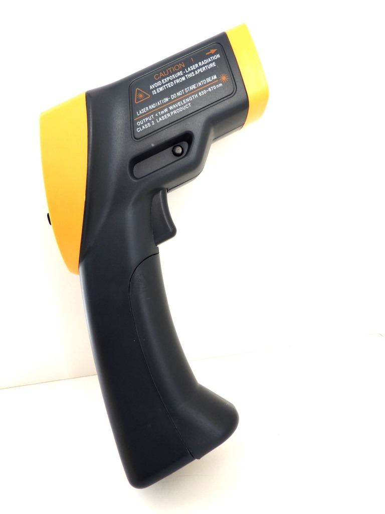 AKTAKOM ATE-2530 Wide-Range Infrared Thermometer with Laser Targeting  - Right Side